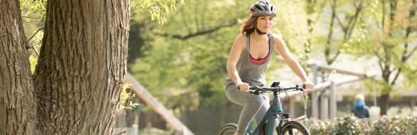 Mit dem e-Bike die Kniegelenke stärken